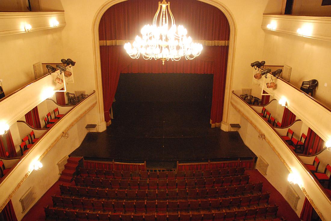 Dolores buenos Aires teatros