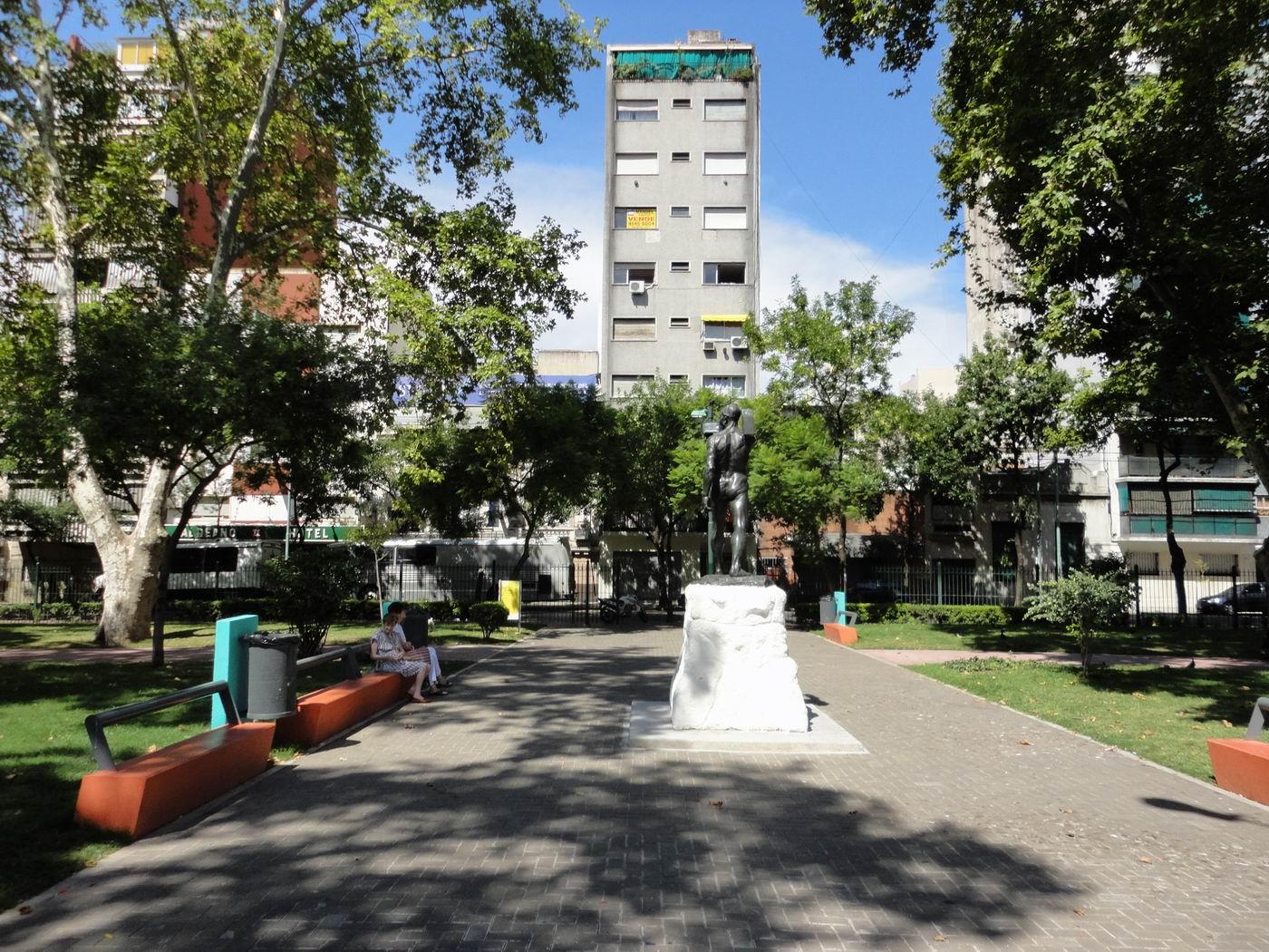 Plaza-de-Mayo-Buenos-Aires-10