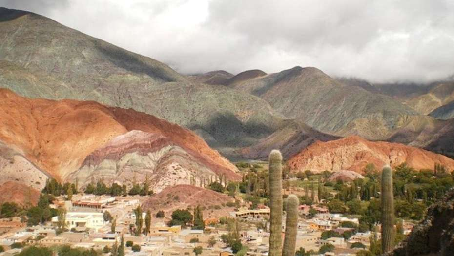 El fascinante-pueblo-de-Purmamarca-en-Jujuy-10